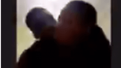 Student get intimate with her boyfriend during Zoom class (video)