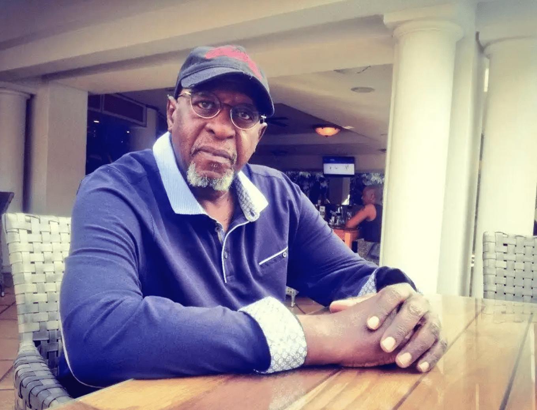 BREAKING] #TshepoTshola Legendary songwriter and musician Tshepo Tshola has passed away. TK